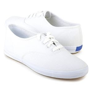 how to clean white dirty shoes with surf