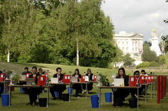 outdoor office space. Nivea Also Took Advantage Of The Outdoor Office Shift, And London\u0027s Willingness To Host Them, By Offering Oxygen Powered Space. Space W