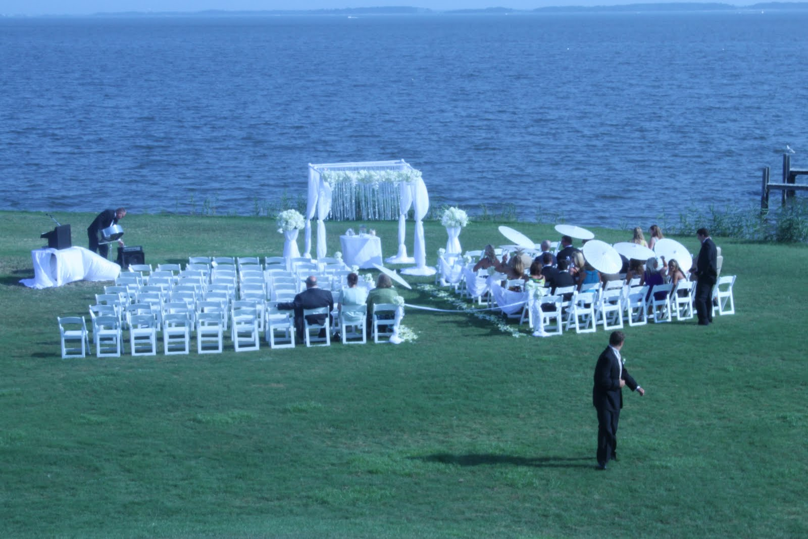 Weddings florist washington dc for Beach weddings in washington state