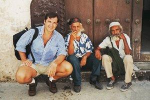 Con dos amigos en La Habana