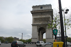 More of the Arc De Triomphe