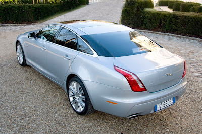 Review: 2010 2011 New Jaguar XJ