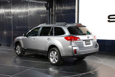 New Subaru Outback 2009 2010 : Reviews and Specs