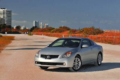 New Nissan Altima 2009 2010 : Reviews and Specs