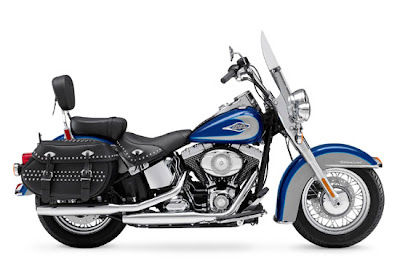 Harley-Davidson FLSTC Heritage Softail Classic 2009 2010 Reviews