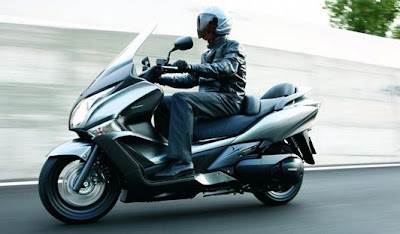 New Honda Silver Wing 2009 2010 Reviews and Specification