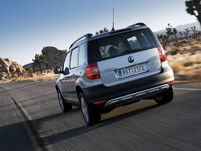 Skoda Yeti 1_8 TSi, Skoda Yeti 1_8 TSi Review, Skoda Yeti 1_8 TSi Price, Skoda Yeti 1_8 TSi India, Finance Skoda Yeti 1_8 TSi Cars India, Comparison,