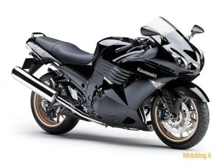 moto kawasaki 2010. 2010 2011 Kawasaki ZZR1400