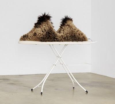 rencontre fortuite sur une table de dissection dune machine à coudre et dun parapluie