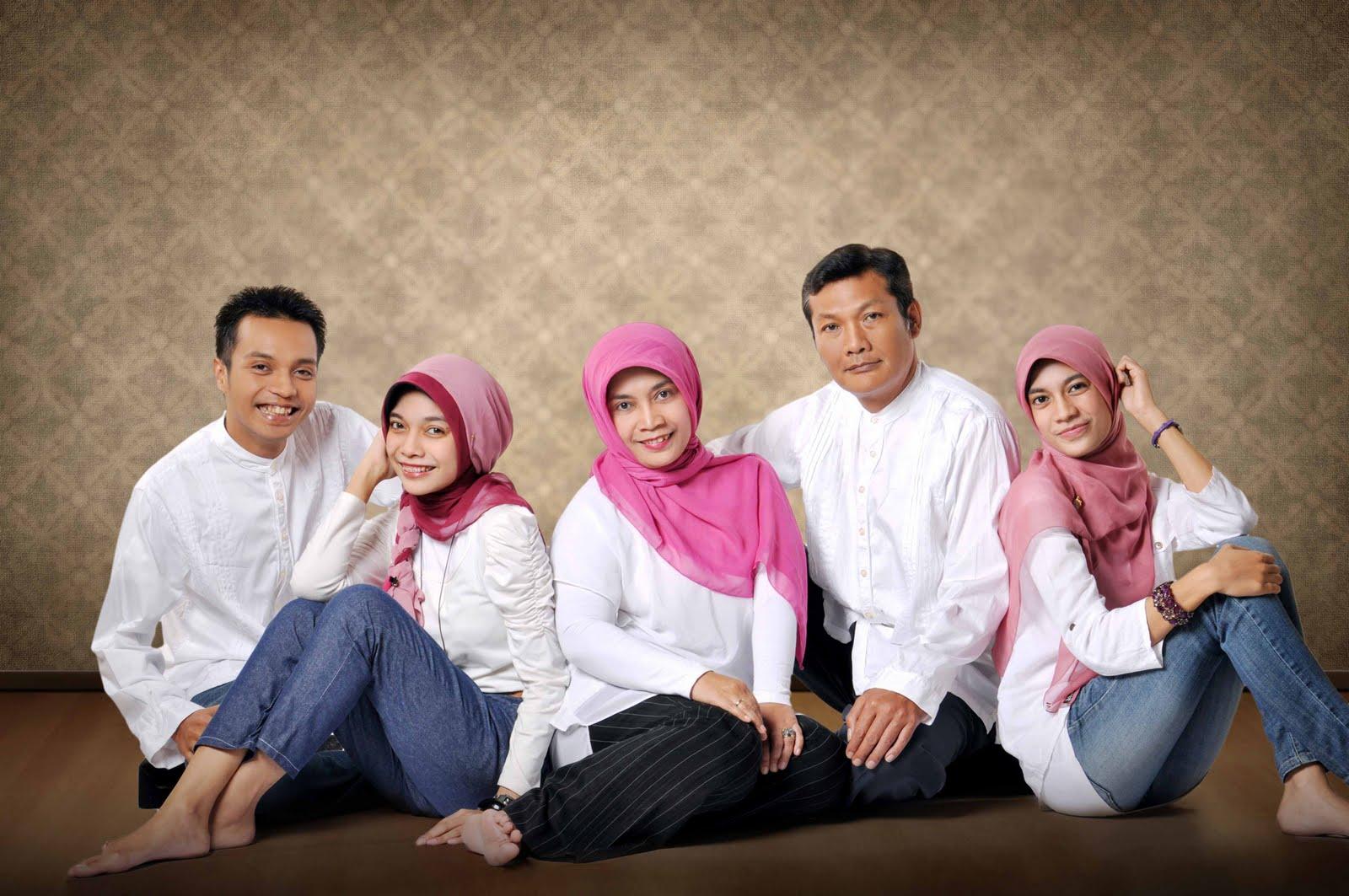 foto wisuda keluarga studio