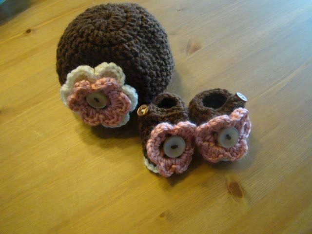 The Dainty Daisy Preemie Hat Pattern