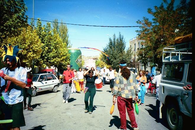 """BaTukada """"Grupo Sarabanda"""", Animación de calle: Grupo malabarisTas de MoraTalla"""
