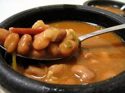 http://3.bp.blogspot.com/_nj5QjNOpgLQ/SG-K9oqLnjI/AAAAAAAACQw/eV_LSy2byLA/s400/charro+beans.jpg