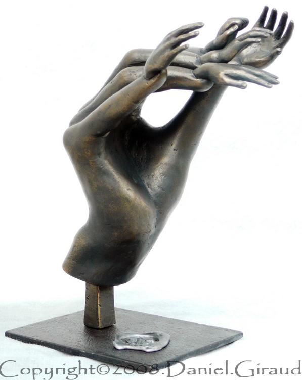 sculpture mains