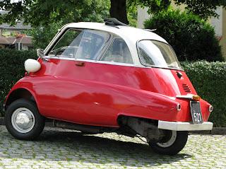 BMW 600 Isetta Biplaza