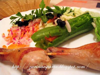 Салат с колбаской