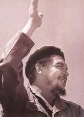 """""""La revolución es algo que se lleva en el alma, no en la boca para vivir de ella."""""""