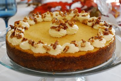 Cooking à la Mode: Pumpkin Cheesecake with Pecan-Gingersnap Crust