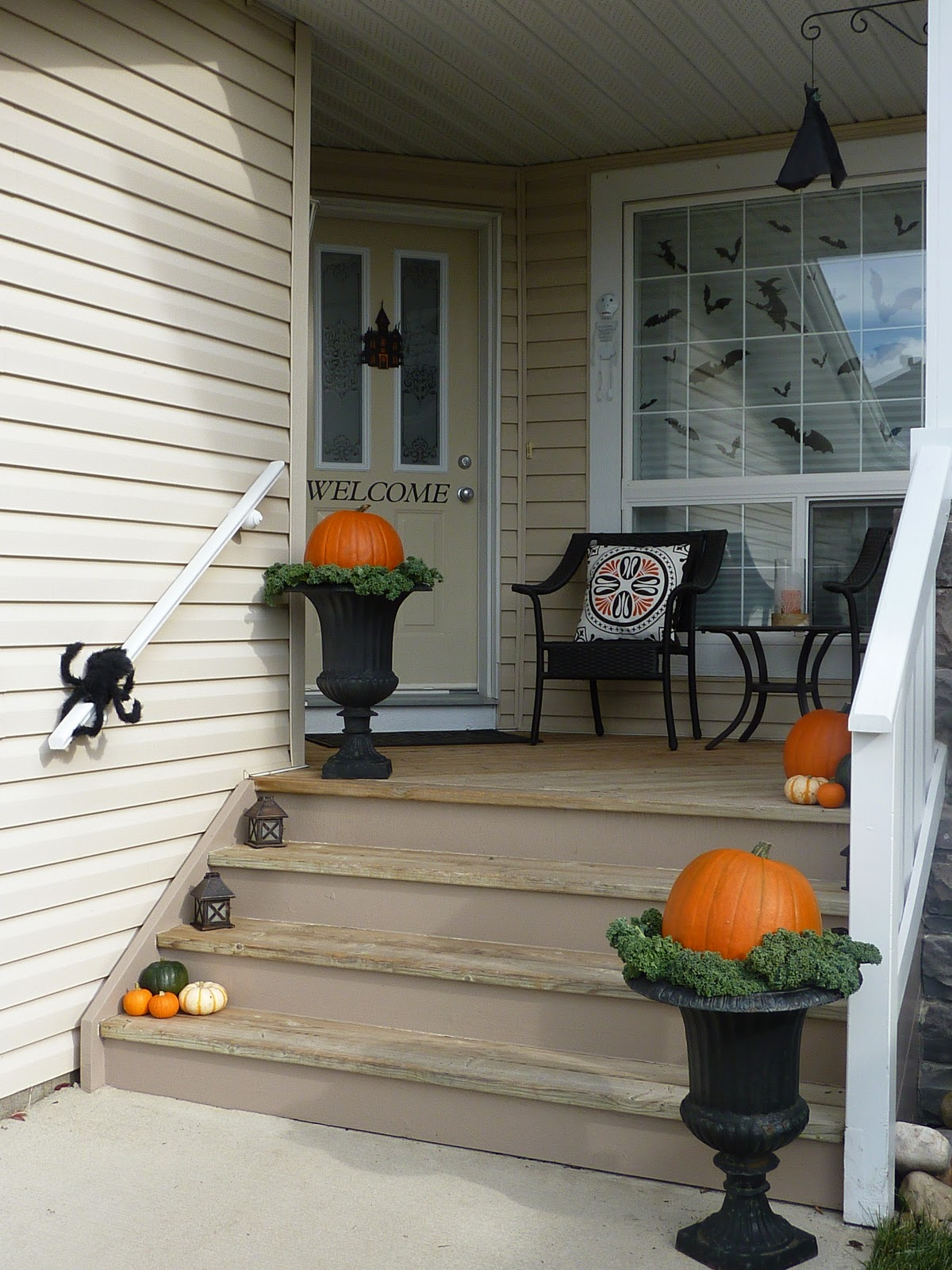 My Crafty Days: Fall/ Halloween Porch Decoration