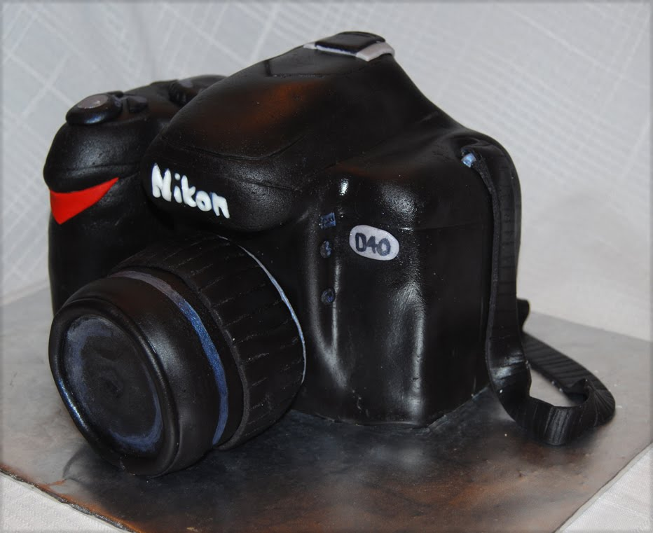 Nikon Camera Cake Images : Leelees Cake-abilities: Nikon Camera Cake