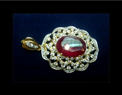 Diamera pearl shoppe 3 stone faceted oblong ruby and tanzanite titus setting 5 micron yellow gold design big oblong titanic like pendant brooch aloadofball Choice Image