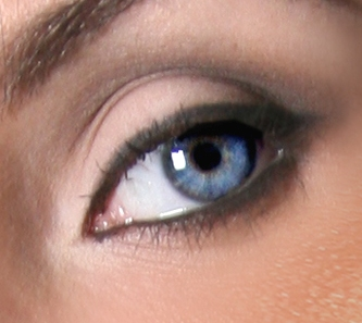 Morning MakeUp Call: WHAT IS YOUR EYE COLOR? LOOK CLOSER!