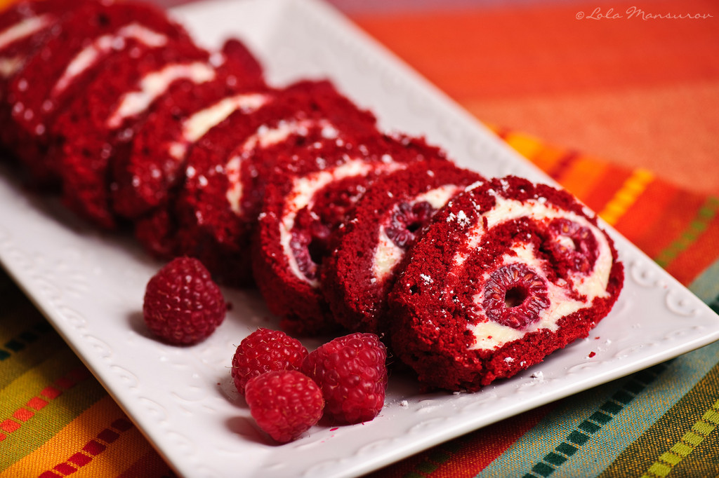 "Red Velvet Cake Roll Recipe : ""- Sent using Google Toolbar"""