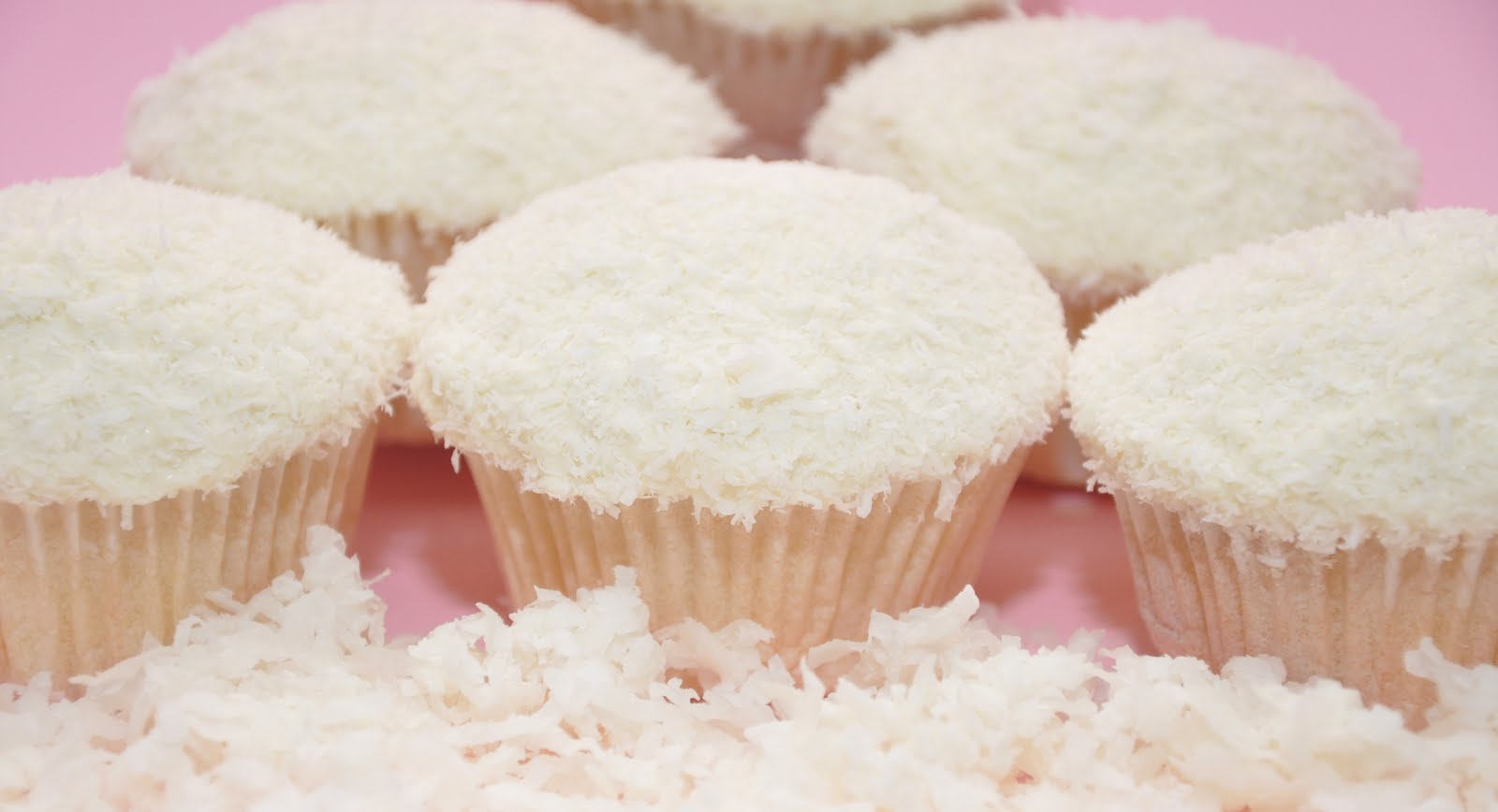 Snow-topped Holiday Cupcake Recipes — Dishmaps