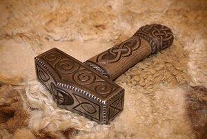 Mjolnir: il martello del dio Thor