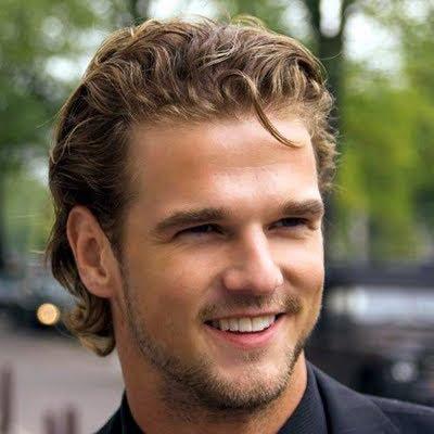 Peinados para hombres con pelo largo Peinados masculinos - Peinados Hombre Pelo Largo