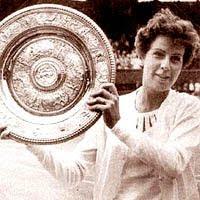 Maria Esther Bueno - Considerada melhor tenista brasileira de todos os tempos - Nasceu em 1939