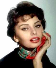 Sophia Loren - Atriz italiana  conhecida mundialmente - Ganhadora do Oscar de melhor atriz -