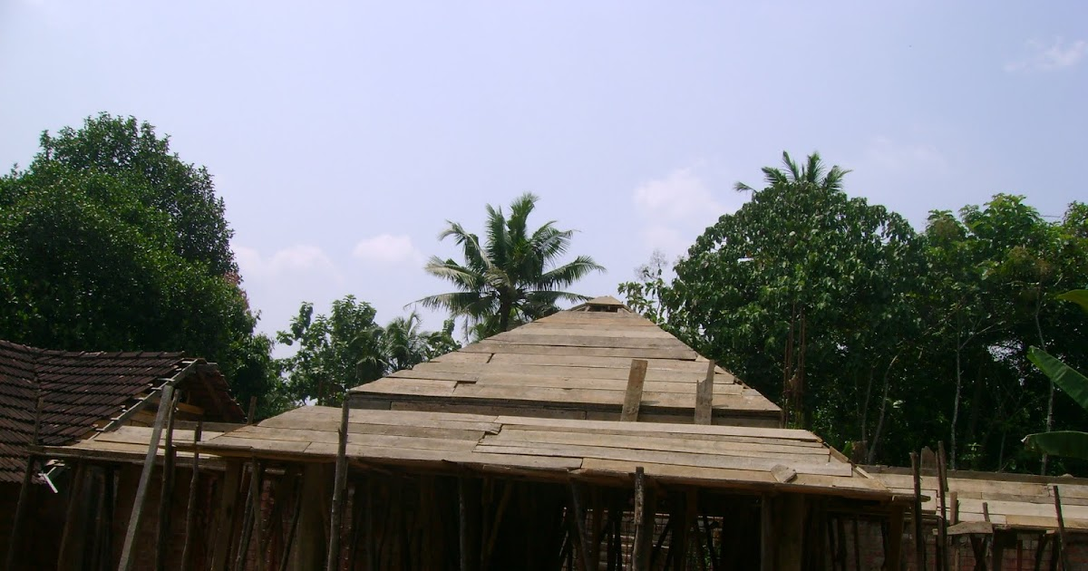 Kerala house construction at chengannur slope roof for for Car porch roof
