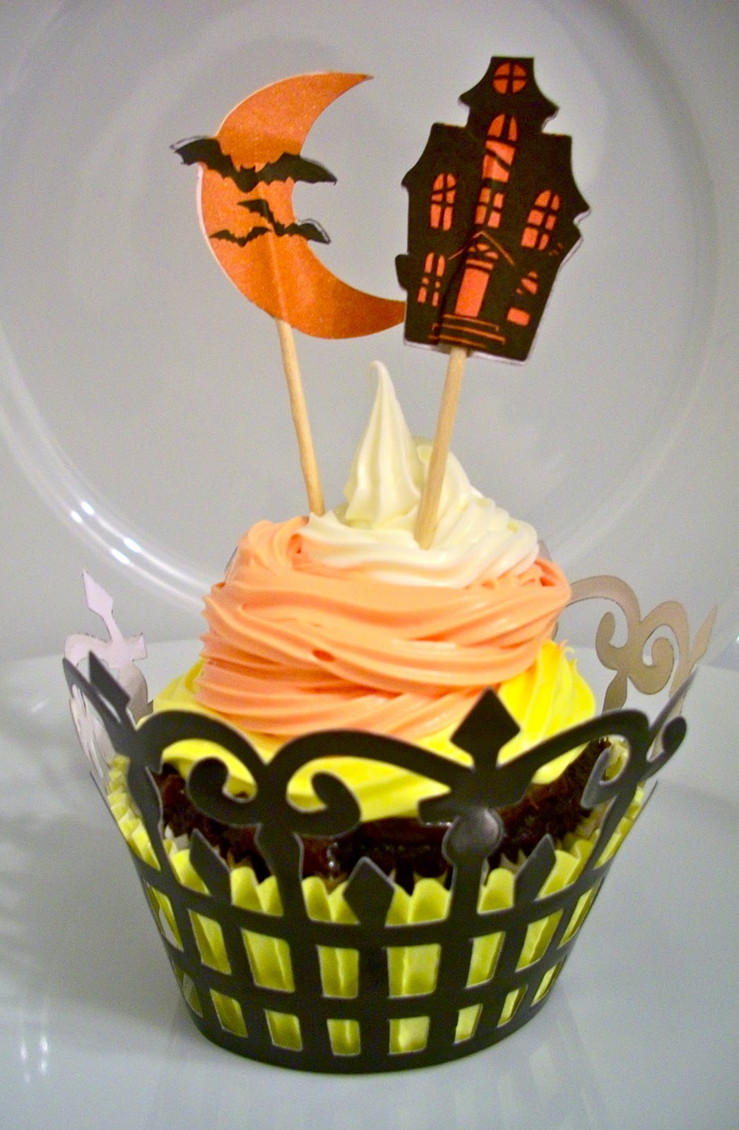 Wilton Cake Decorating Kit Canadian Tire : Brooke Bakes : Candy Corn Cupcakes
