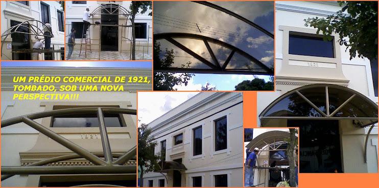 """Um prédio antigo reformado e o """"clin"""" do POLICARBONATO COMPACTO BRONZE!!!"""