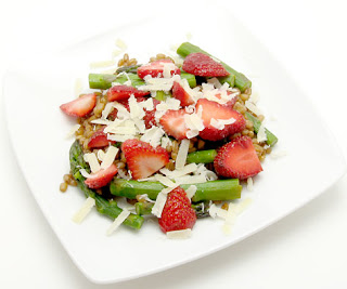 spelt berry, asparagus, and strawberry salad