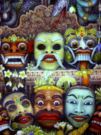 dan hiburan Didaerah Jawa Timur dikenal 3 macam topeng, yaitu