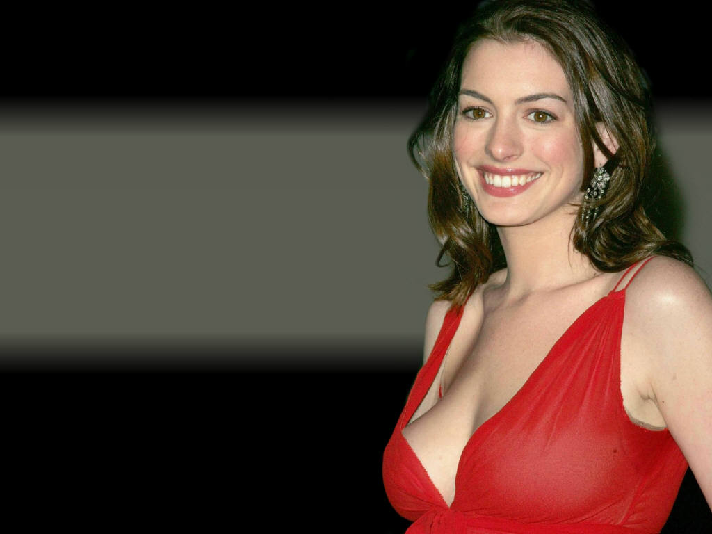 With Anne hathaway actress that