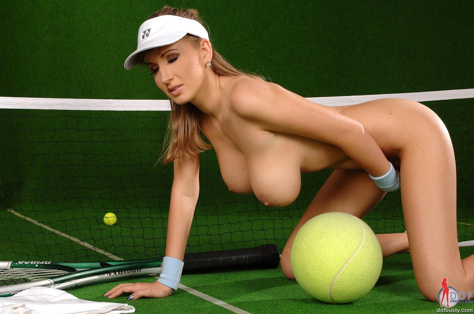 Теннисистка с сиськами 7 фотография
