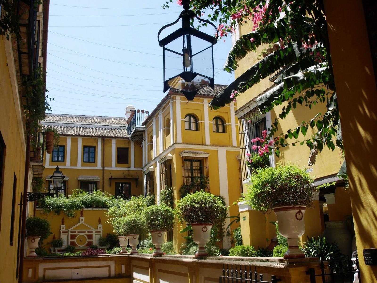 Sevilla daily photo vista del palacio de los z iga - La casa de los uniformes sevilla ...