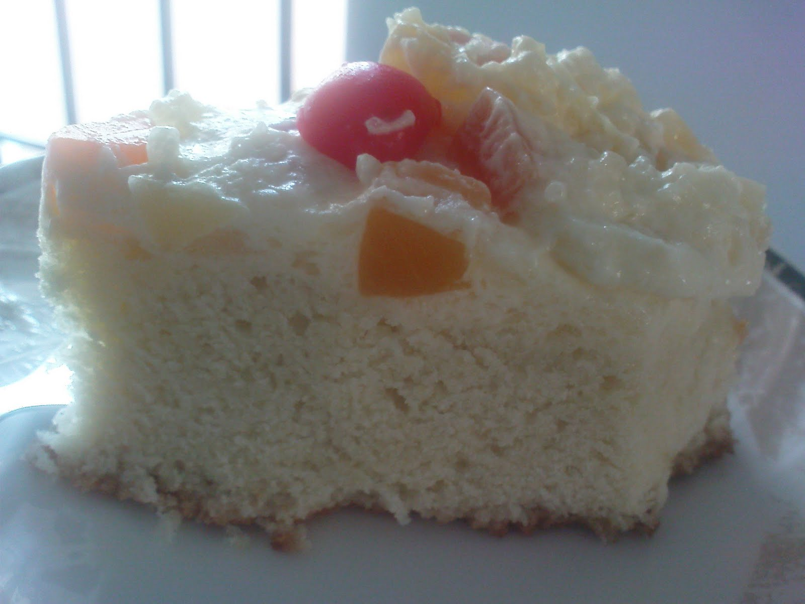 ... Cinnamon and Salt: Vanilla butter cake with creamy fruit frosting