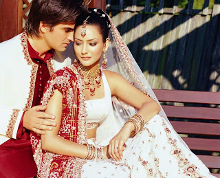 Lovely Image of Newly Married Indian Couple
