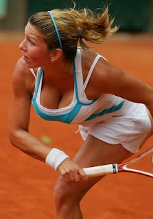 Sizziling image of hot Simona Halep