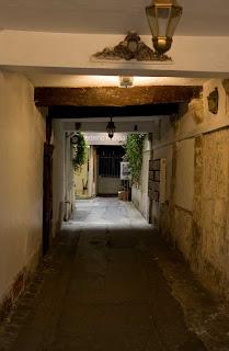 Kreider's Korner Photographs: Entryways to hidden courtyards in ...