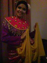 zapin dancer