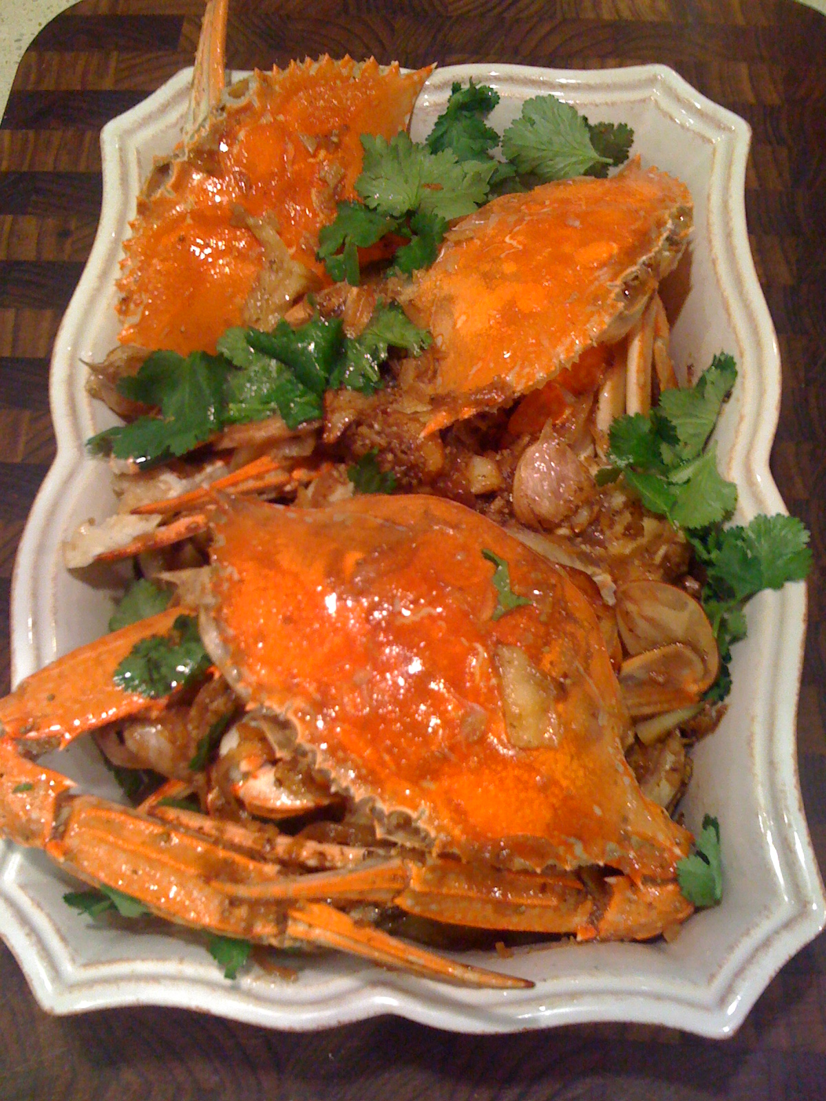 how to eat fried blue crab