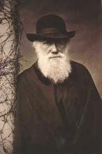 Charles Darwin (photo)