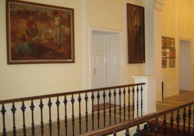 Intrarea in muzeu