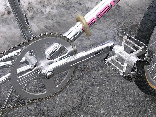 1991 redline 720 bmx bike - redline flight cranks, flight chainwheel and odyssey triple-trap pedals