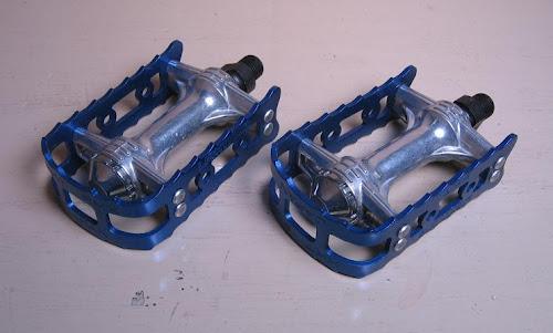 nos blue 1/2-inch kkt fmx lightning bmx pedals